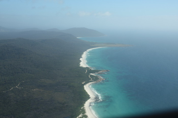 Tasmania - Scenic flight over Wineglass Bay