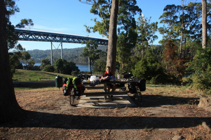Tasmania - Brekkie time!