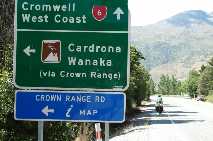 NZ 3 - 3 - On the road to Cardrona ... for the first time