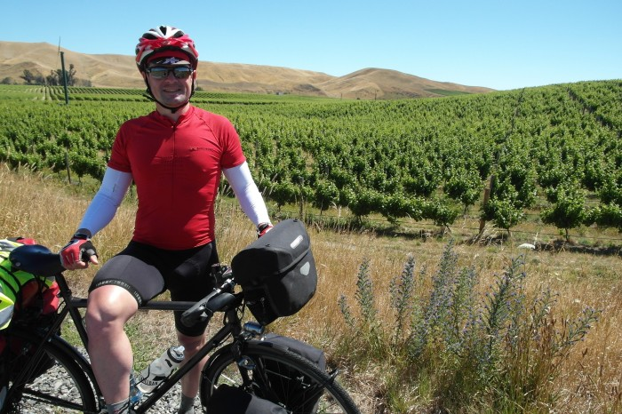 NZ 3 - 21 - Cycling through the beautiful Marlborough wine region