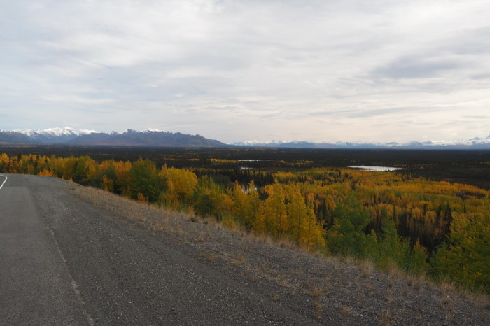 Day 8 - Beautiful autumn views of The Wrangell Mountains and lakes