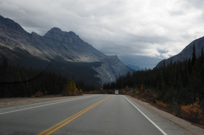 Canada 278 - Driving along the Icefields Parkway