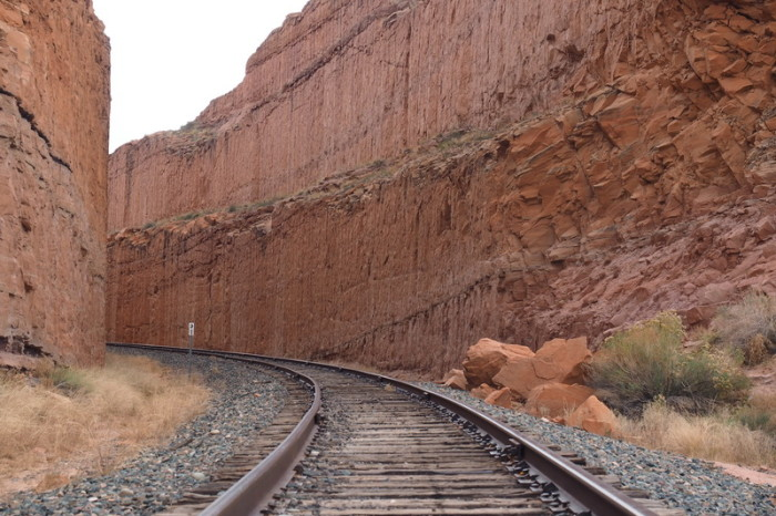 USA Road Trip - Cool train line crossing the Corona Arch trail, Moab, Utah