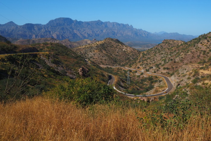 Baja California - The awesome road to Ciudad Insurgentes ... lots of uphill