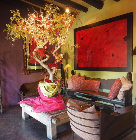 Baja California - The tastefully decorated Hotel California, Todos Santos