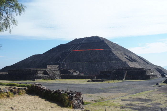 Mexico City - The gorgeous Pyramid of the Sun!