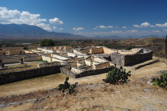 Day trip to the Valle de Tlacolula  - The Palace, Yagul Ruins