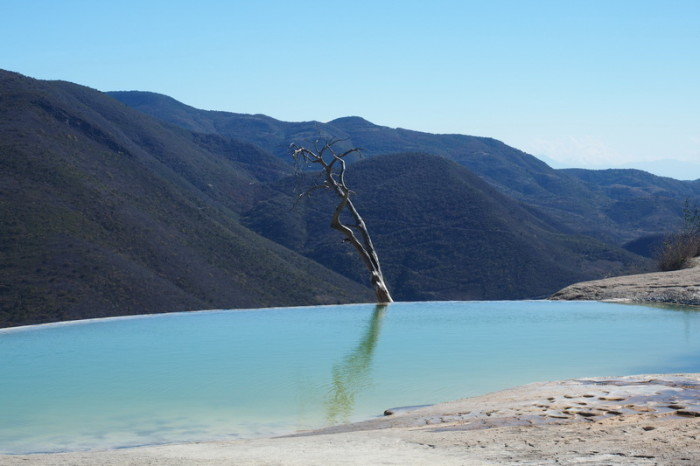 Day trip to the Valle de Tlacolula  - Cliff top pools at Hierve El Agua