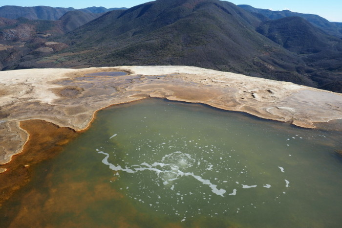 Day trip to the Valle de Tlacolula  - Mineral springs at Hierve El Agua