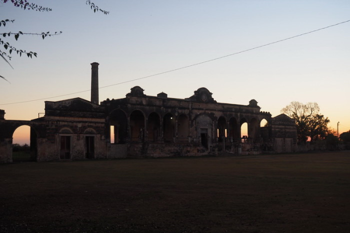 Mexican Road Trip - Sunset at the old Hennequen Factory, Hacienda Yaxcopoil, Yucatan, Mexico