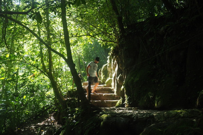 Mexican Road Trip - Descending the many steps at Palenque!