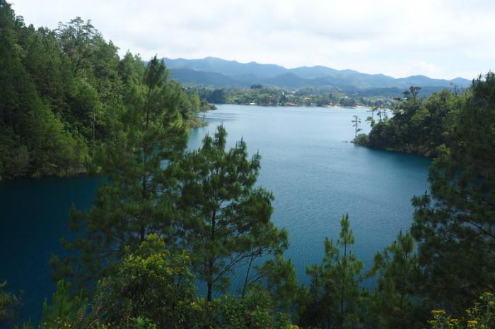 Mexican Road Trip - Laguna Tziscao, Lagos de Montebello National Park, Chiapas, Mexico