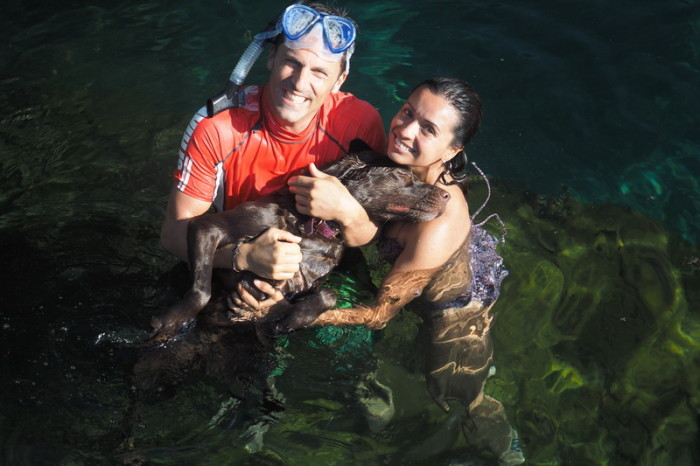 Mexican Road Trip - Martin, Adriana and Diva enjoying a swim in the cenote!