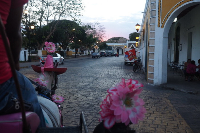 Mexican Road Trip - Taking a tour of the yellow town of Izamal, in a pink horse drawn carriage! Izamal, Yucatan, Mexico