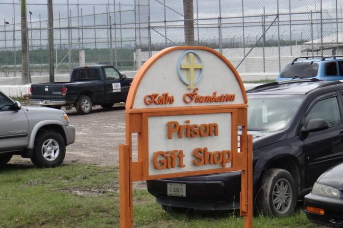 """Belize - Belize Prison """"Gift Shop""""!"""