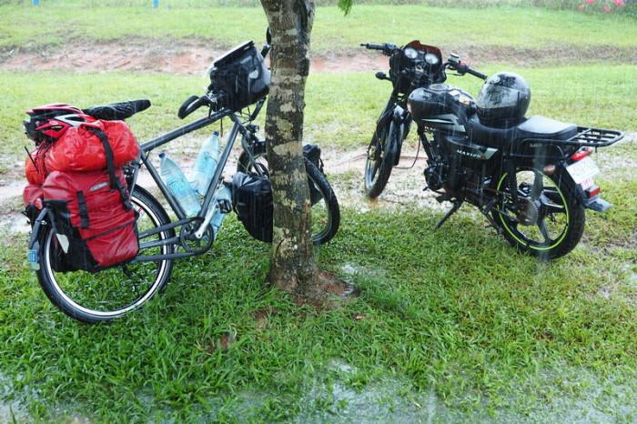 Costa Rica - Drenching rain in Costa Rica