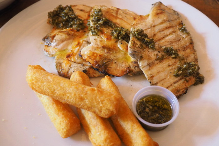 Colombia - Yum - grilled chicken breast with fried cassava roots, Beta Town Bar & Grill, Salento