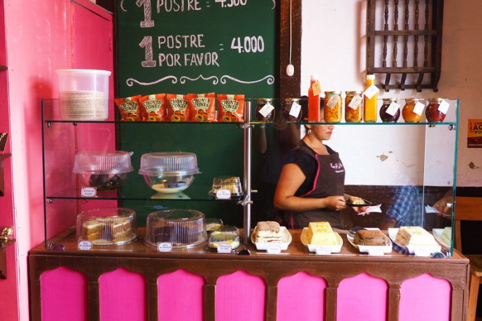 Colombia - Mmmm .... a dessert shop! Salento
