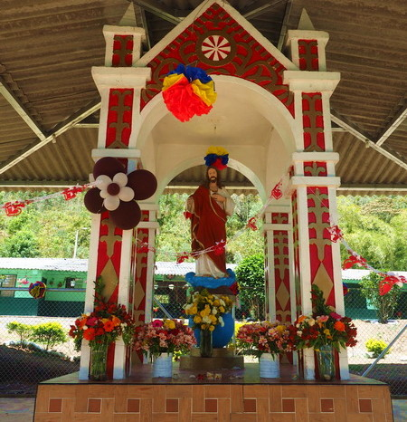 Colombia - Well kept roadside shrine on the way to El Bordo