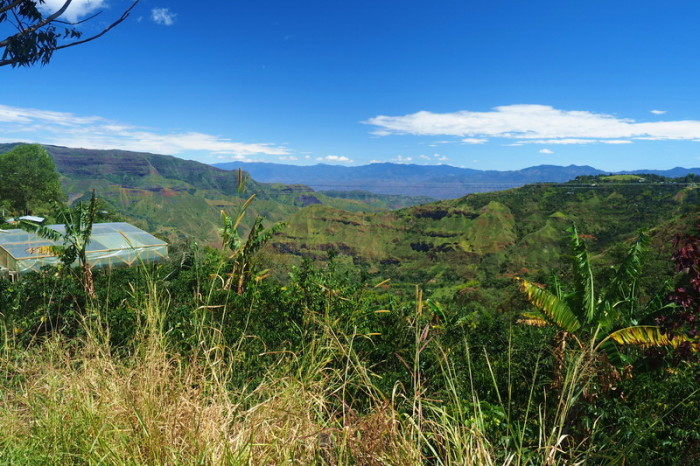 Colombia - Views on the way to El Bordo