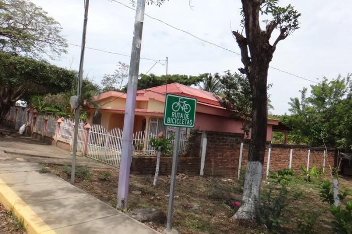 Nicaragua - Bike path on the way to