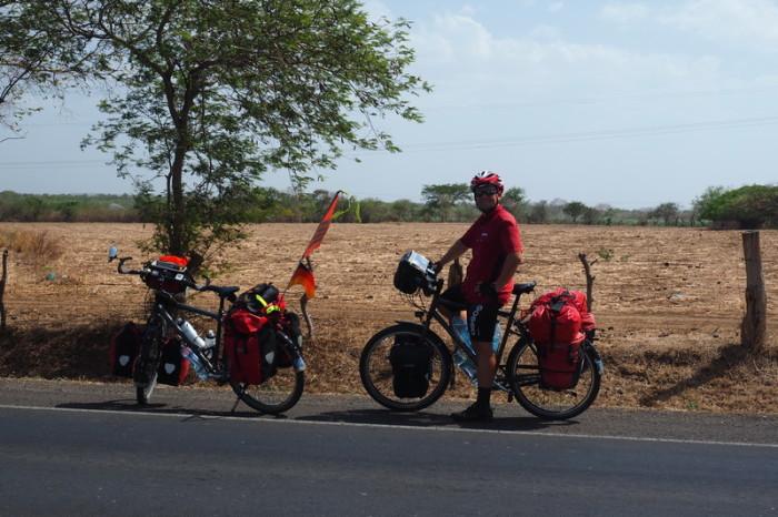 Nicaragua - On the road to Nagarote, Nicaragua