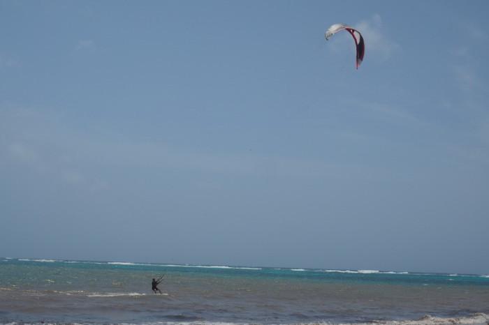 Nicaragua - Simon kite surfing, Little Corn Island, Nicaragua