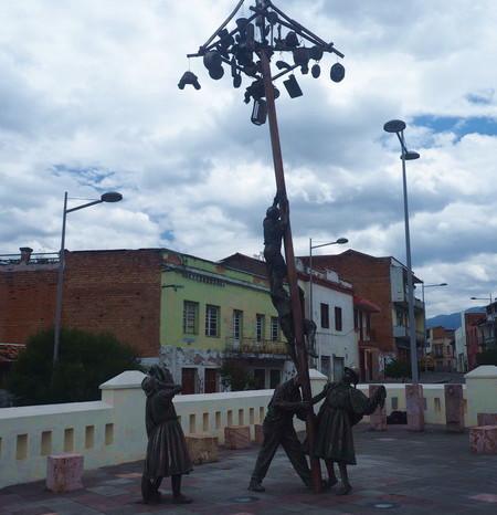 Ecuador - Cruz del Vado, Cuenca