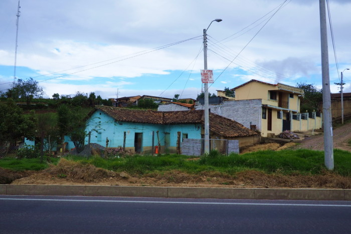 Ecuador - Local houses on the way to San Gabriel