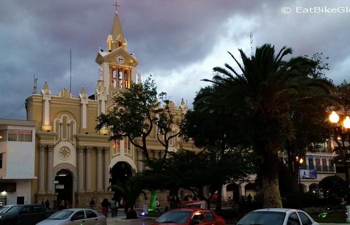 Ecuador - Iglesia la Catedral, Loja