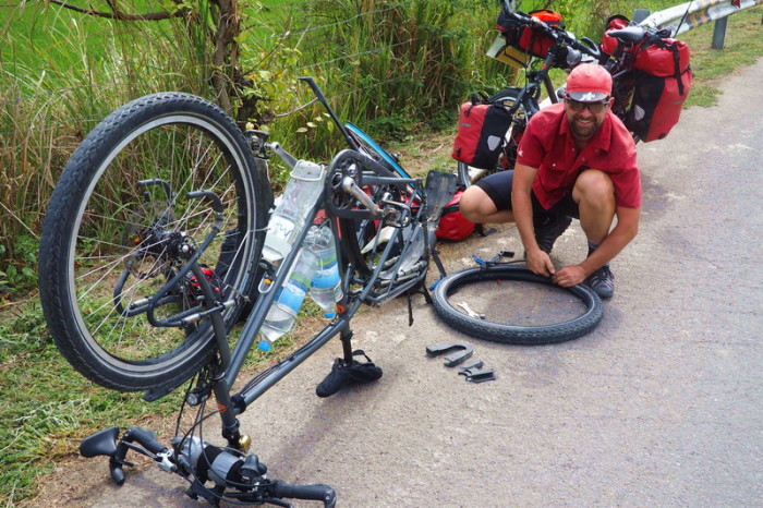 Peru - David got a flat tyre ...