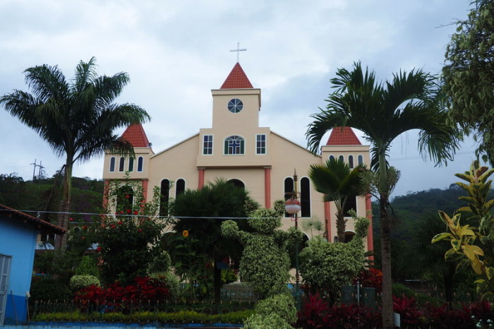 Ecuador - Lovely church and gardens in Palanda