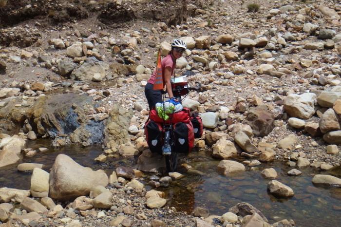 Peru  - River corssing!
