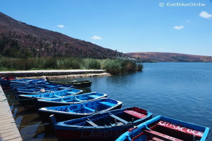 Peru  - Row boats, Sausacocha
