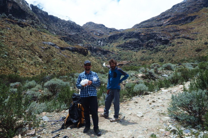 Laguna 69  - We hadn't walked very far when we decided to have lunch! We were joined by Javier, a cool cyclist from Spain