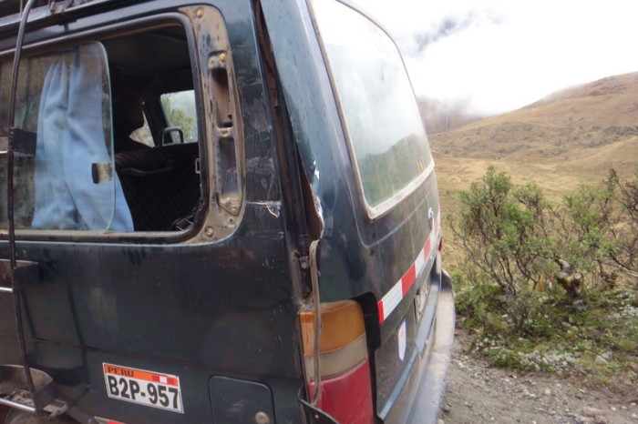 Santa Cruz Trek - Our colectivo had an accident on the way to Vaqueria ...