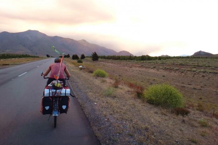 Argentina  - Cycling into Esquel at last