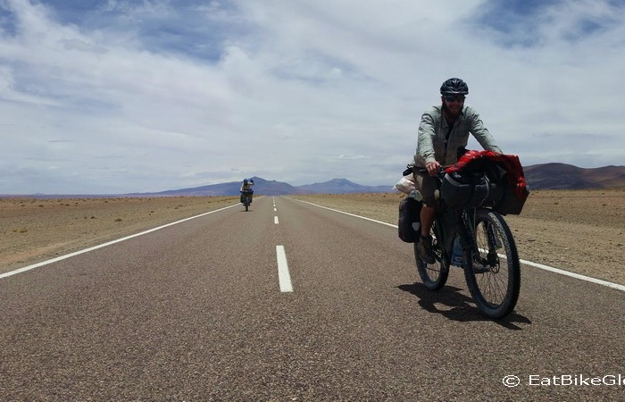 Argentina - Vince and Mylene enjoying the flatish roads after the Jama Pass
