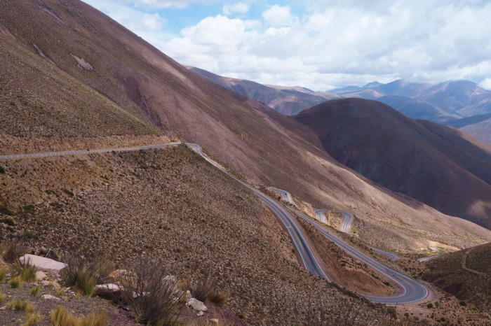 Argentina - The fun descent from Cuesta de Lipan!