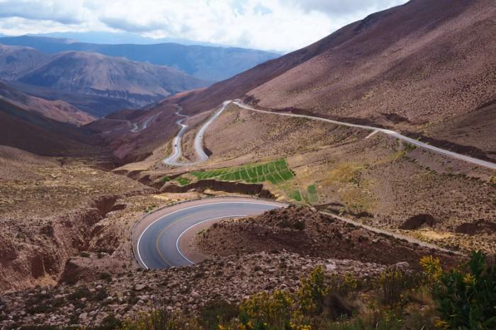 Argentina - The fun descent from Cuesta de Lipan!