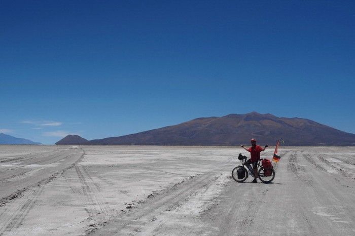 Bolivia - We made it to Salar de Coipasa ... but which road to take now?