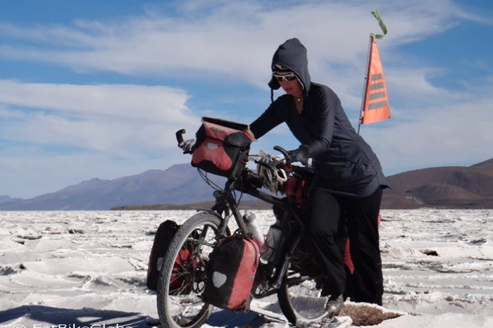 Bolivia - Cycling on Salar de Coipasa became very challenging ...