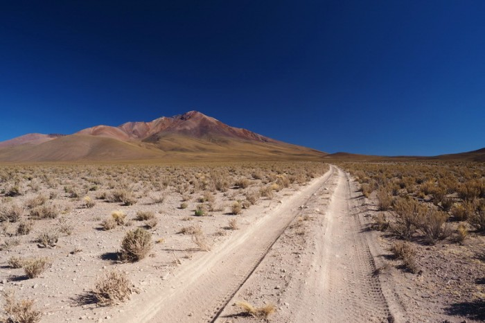 Bolivia - Day 1 of the Laguna Route: The 10km climb is sandy, rocky and technical