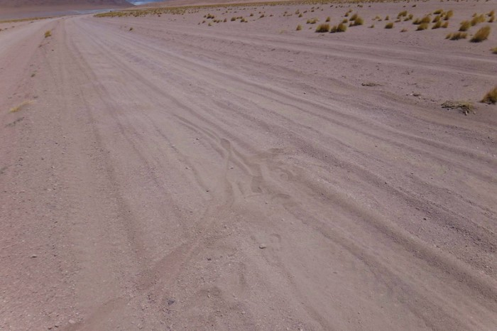 Bolivia - Day 3 of the Laguna Route: The road gradually started to disintegrate into deep sand