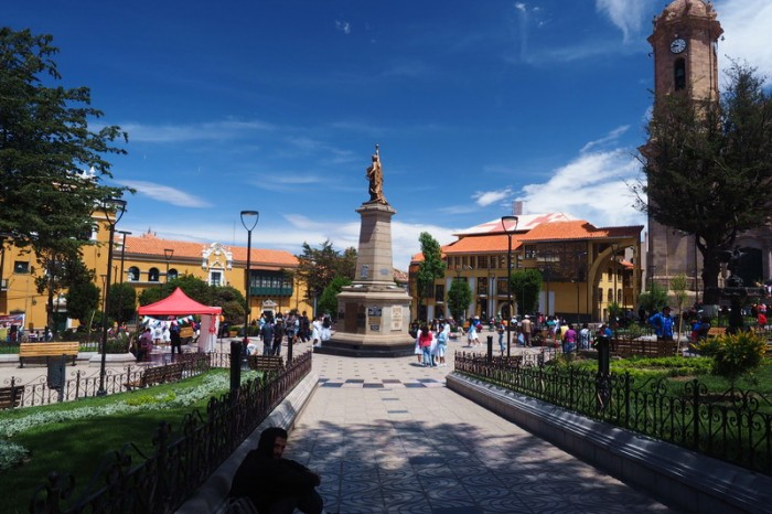 Bolivia - Plaza 10 de Noviembre, Potosi