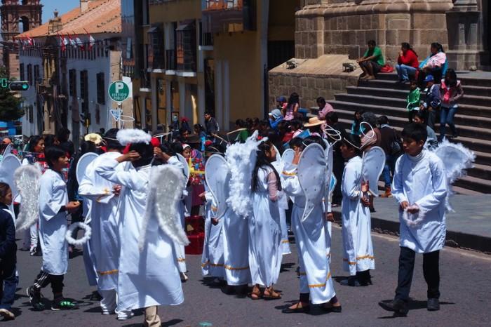 Bolivia - Christmas parade in Potosi