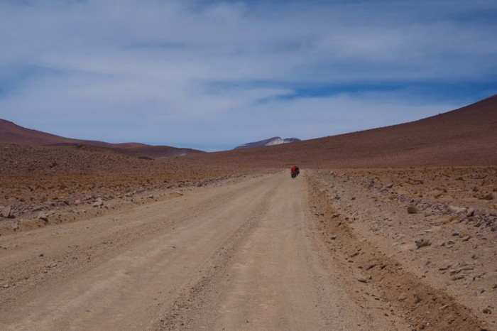 Bolivia - Day 7 of the Laguna Route: We endured a crazy headwind all the way to Lagunas Verde and Blanca
