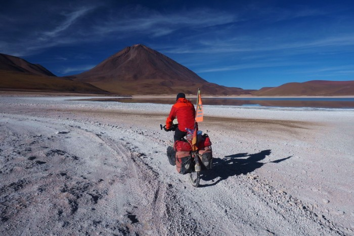 Bolivia - Day 8 of the Laguna Route: Cycling past Laguna Verde