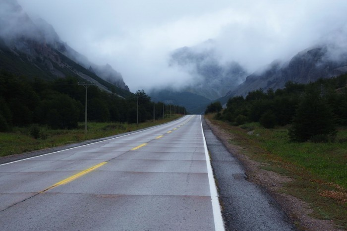 Chile - Chilly and wet conditions on the way to Villa Cerro Castillo