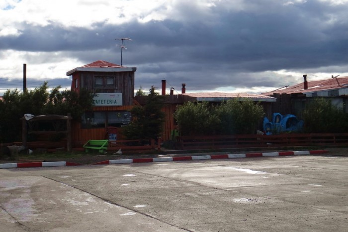 Chile - We stopped at this service area for some hot breakfast and coffee, but there was nothing open!